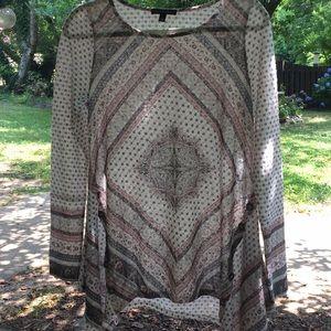 Large, long sleeve, pattern designed shirt
